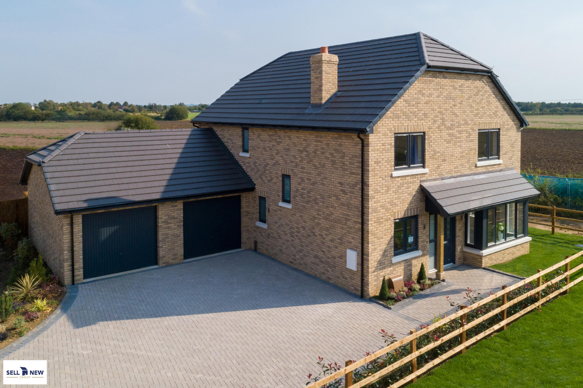 Plot 22, Earl Close, Hitchin Lane, Clifton – STUNNING FOUR BEDROOM DETACHED SHOW HOME!