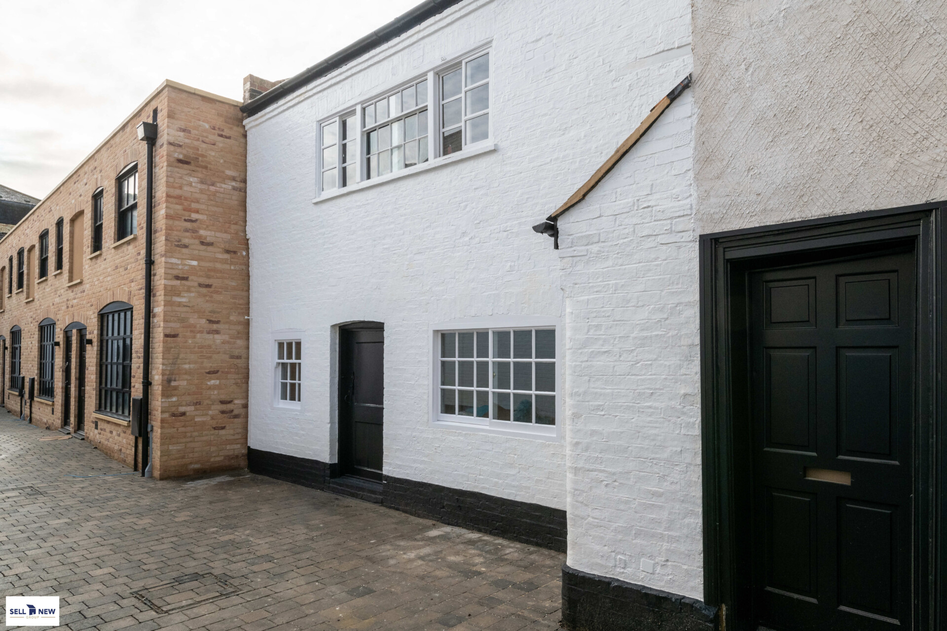 2 Cornelious Mews St Neots, Stunning two bedroom first floor apartment with old and new finishes